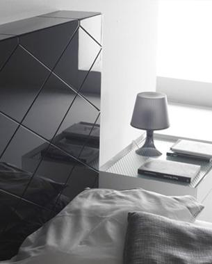 ... Nueva Línea se ha ganado un nombre en el sector mobiliario, consolidándose comoreferente nacional e internacional en fabricación y diseño de gama alta.El conocimiento de la marca por parte del consumidor es uno de los valores en los que Nueva Línea ha puesto especial interés.