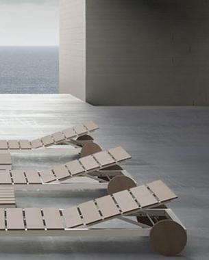 ... Gandía Blasco es una firma española dedicada al diseño y producción de mobiliario de diseño para exterior y alfombras para todo tipo de ambientes. Gandía Blasco enriquece la variedad y estilo de sus productos con la pluralidad de los lenguajes de los diseñadores con lo que trabaja.