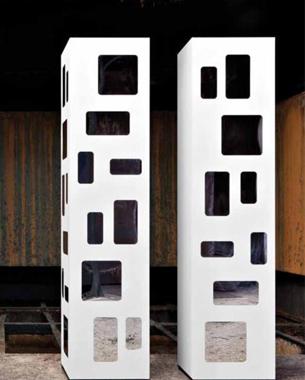 Moco es una firma italiana con amplia experiencia en el sector del mueble contemporáneo. La originalidad de sus diseños, así como sus excelentes acabados hacen de Moco una empresa líder y un referente mundial.